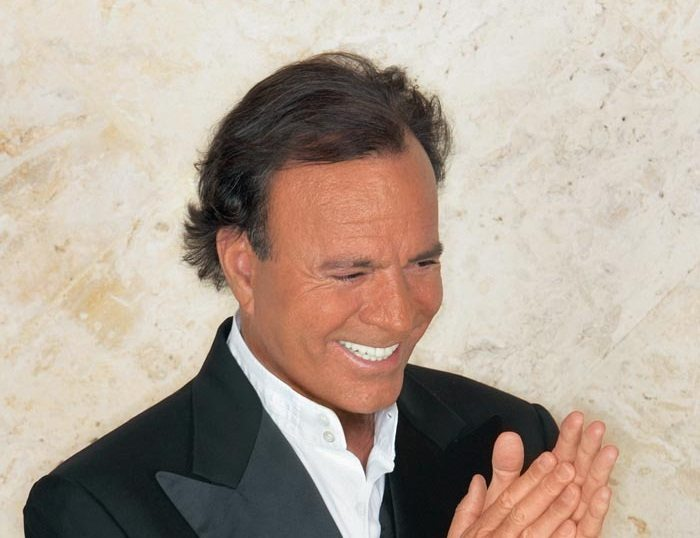 Mini-news: Julio Iglesias  '1 The Collection'  released May 19th, 2014
