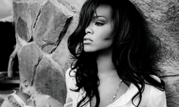 Rihanna Reaches Out to World Leaders Over Twitter | @Rihanna