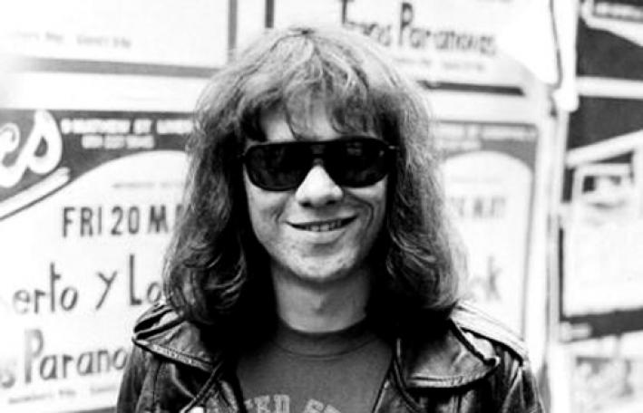 Stars pay tribute to Tommy Ramone