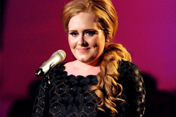 Adele rumoured for Glastonbury headline spot
