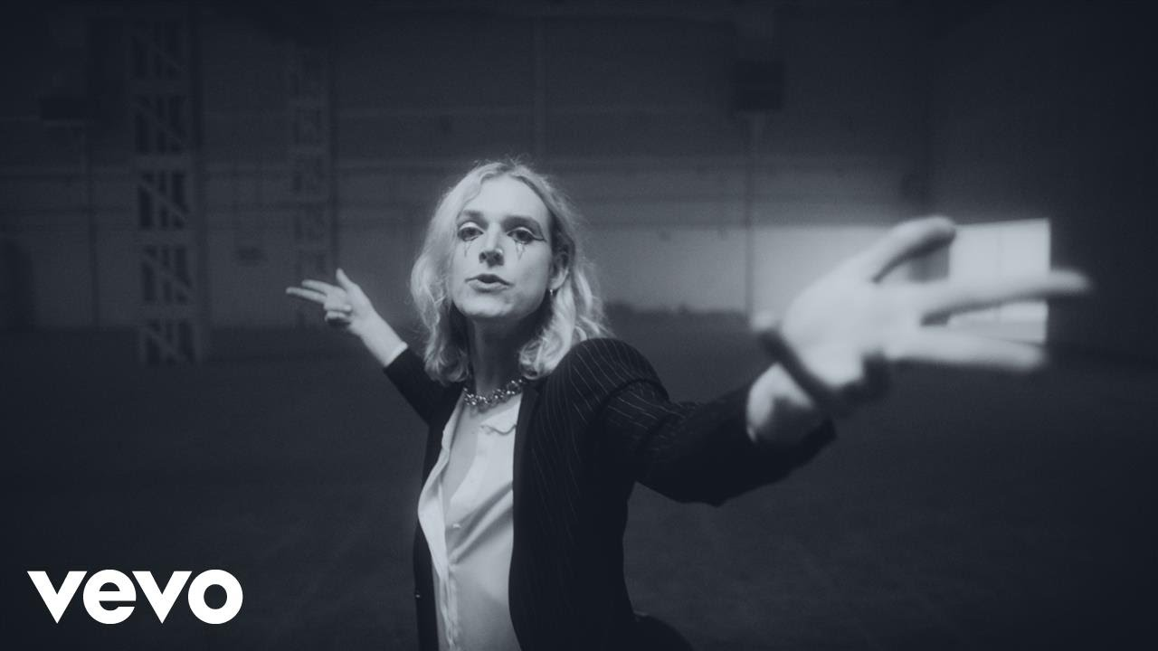 Sundara Karma – Flame (Official Video)