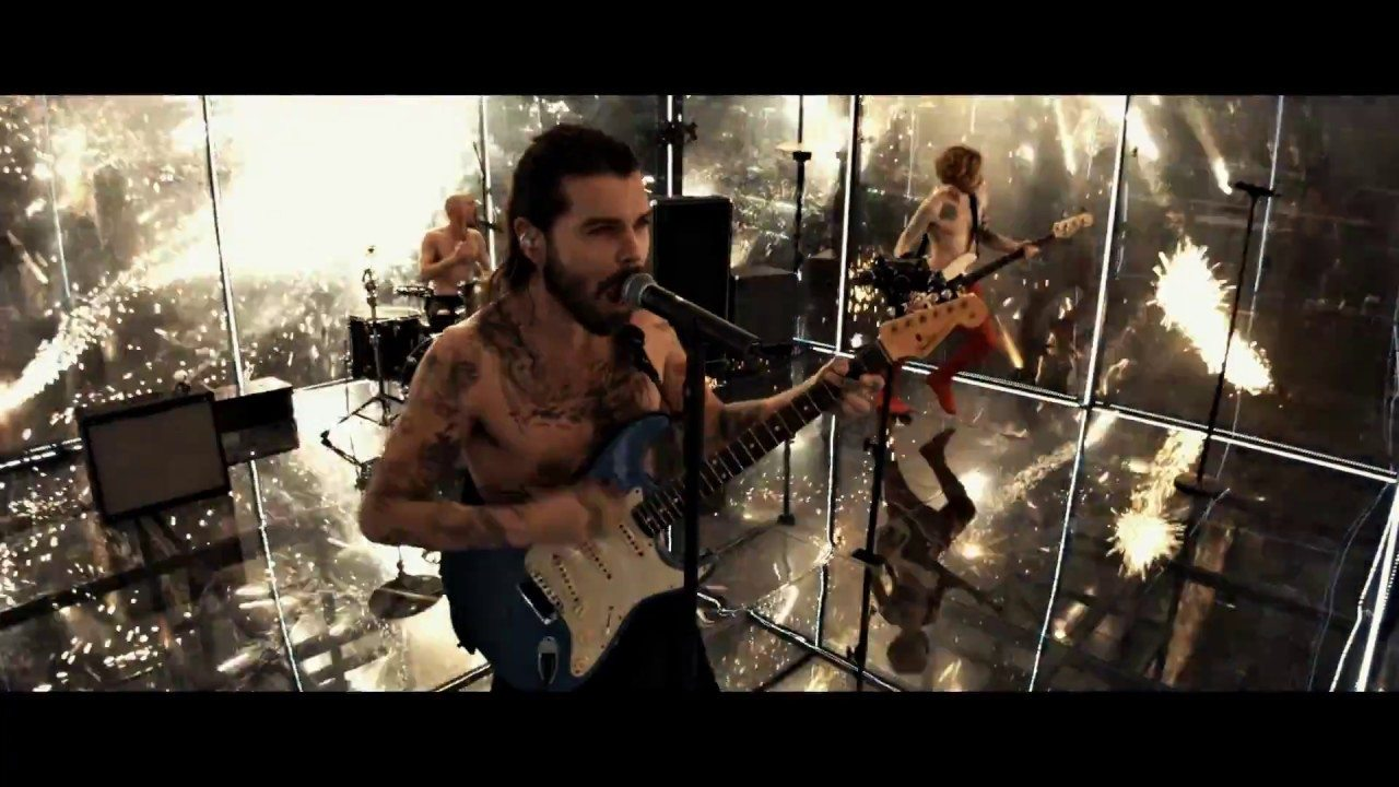 Biffy Clyro – Flammable (Official Video)