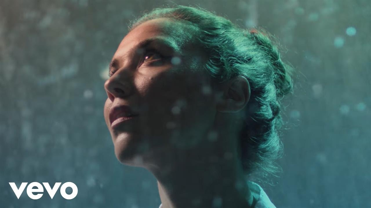 Lisa Hannigan – Undertow (Official Video)