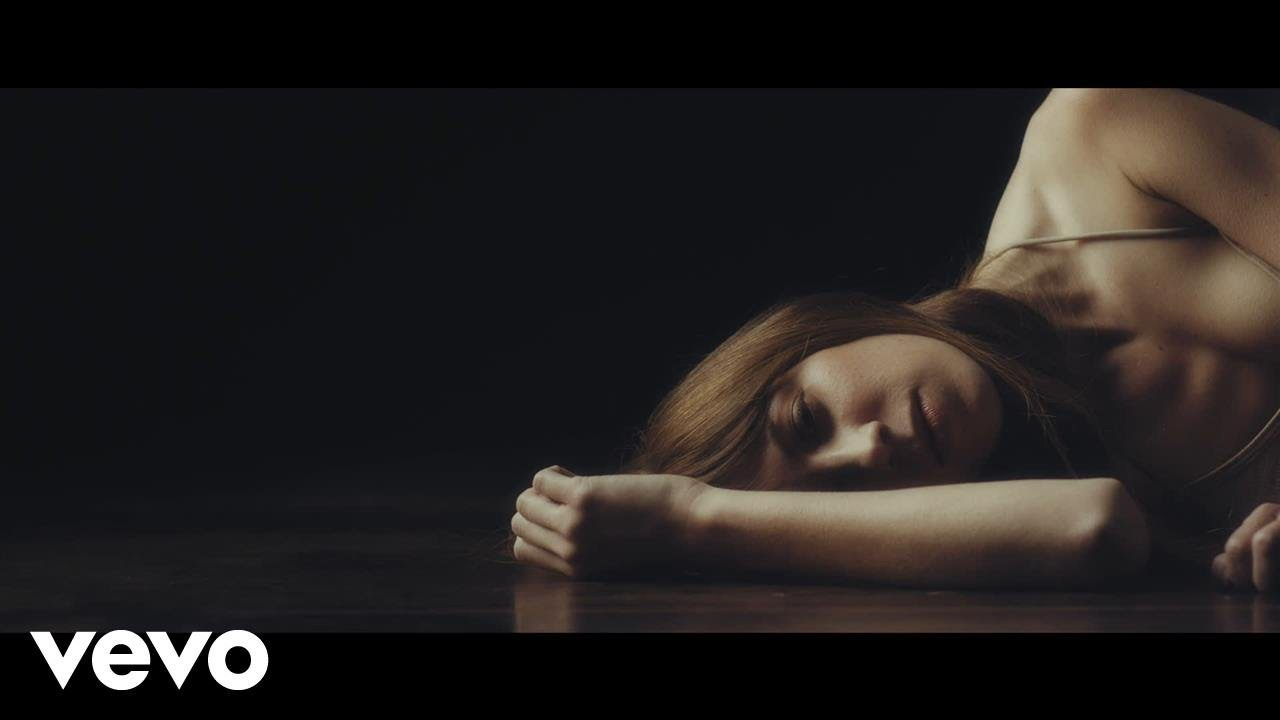 Ella Vos – White Noise (Official Video) @ellavosmusic #EllaVos