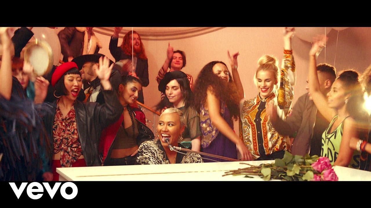 Emeli Sandé – Highs & Lows (Official Video)