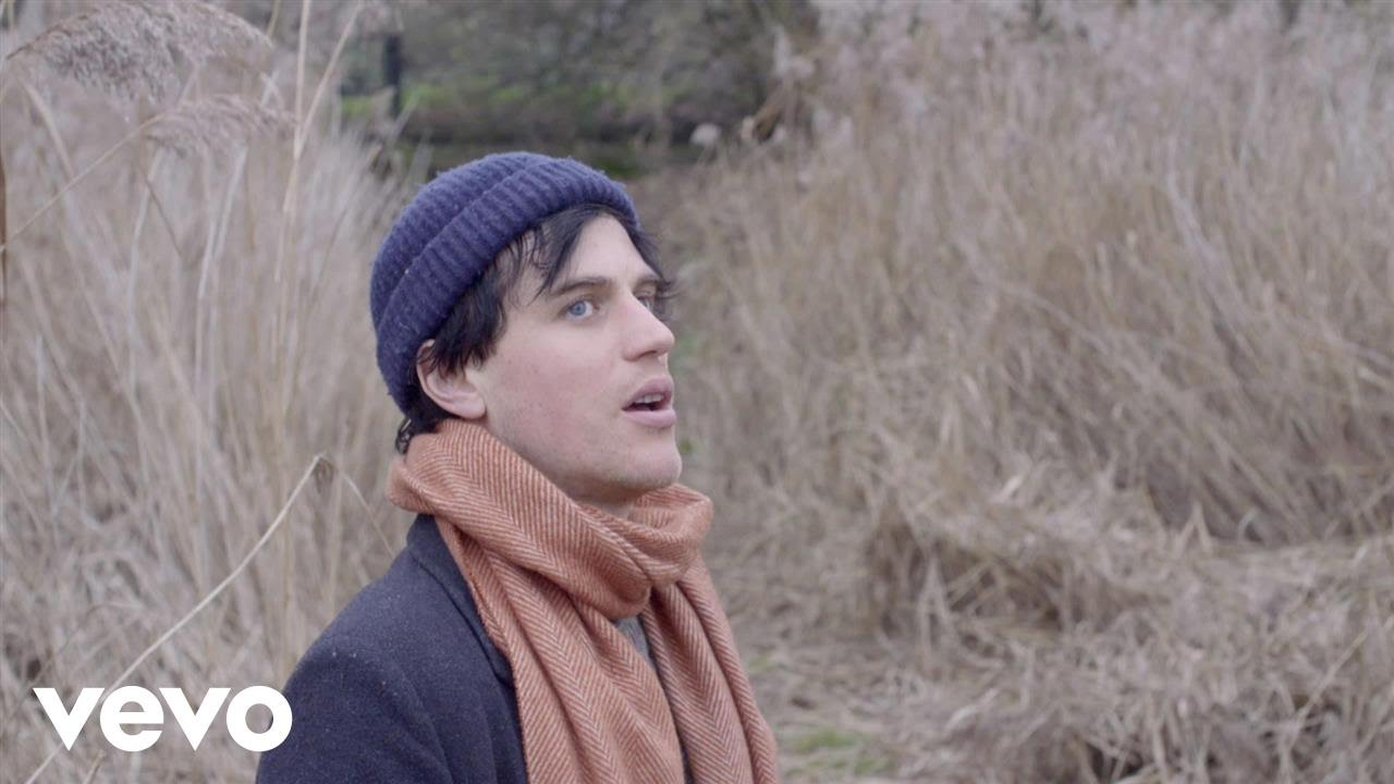 Johnny Flynn – Raising the Dead