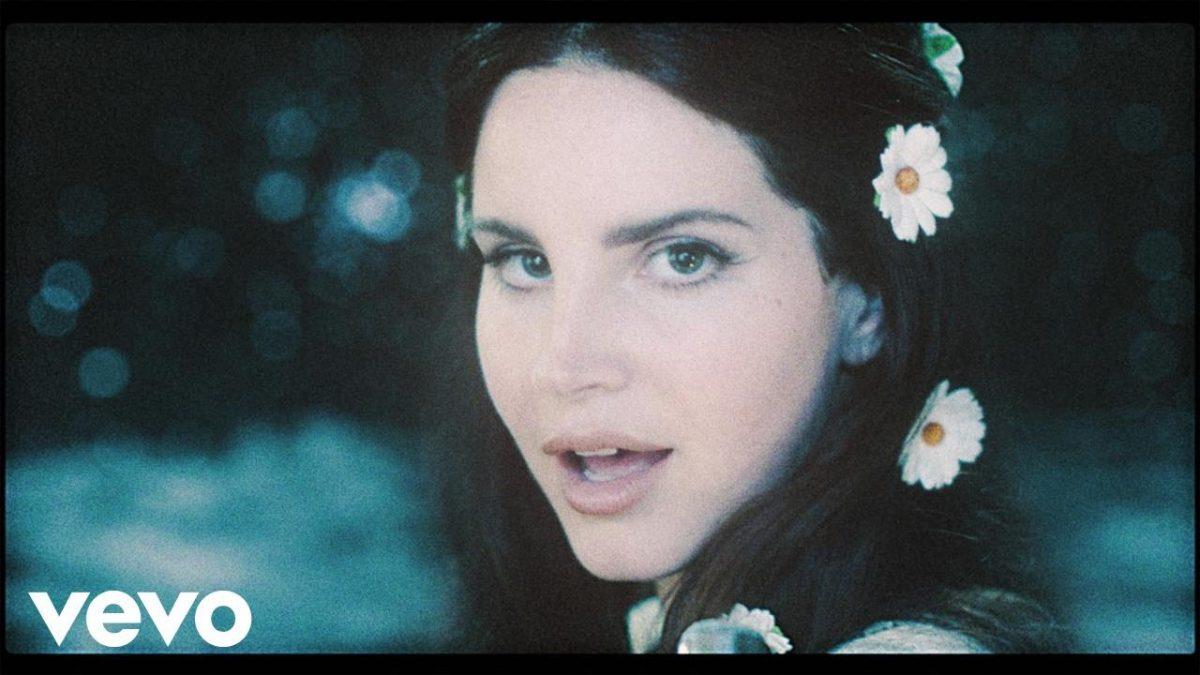 Lana Del Rey – Love @LanaDelRey