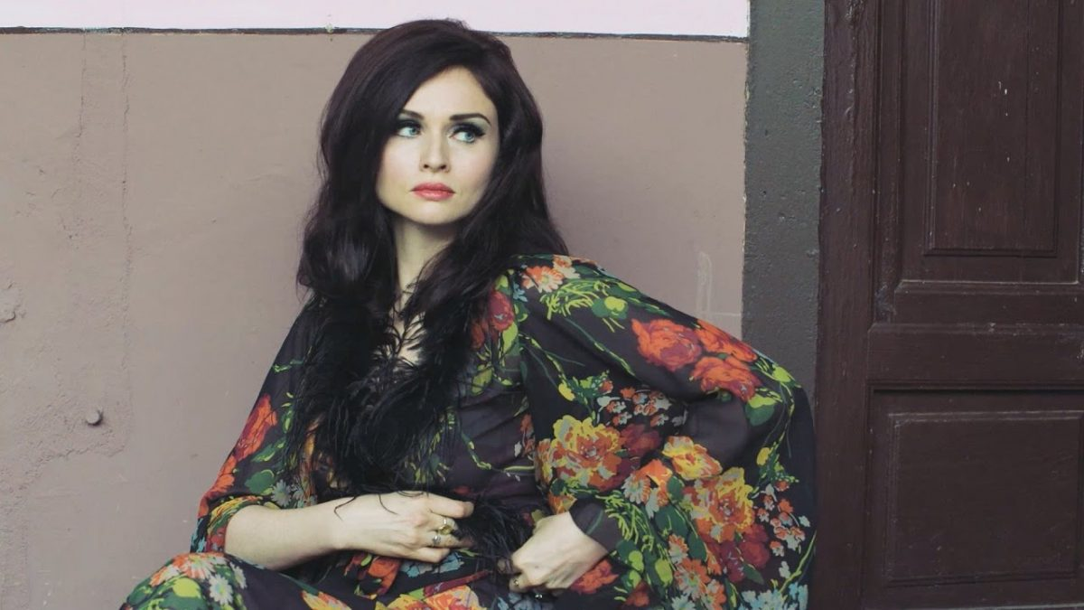Sophie Ellis-Bextor – Death Of Love (Official Video) @SophieEB