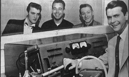 #MusicMoments: Elvis Presley, Bill Black, Scotty Moore and Sam Phillips, Tennessee 1954. #TheMusicSite