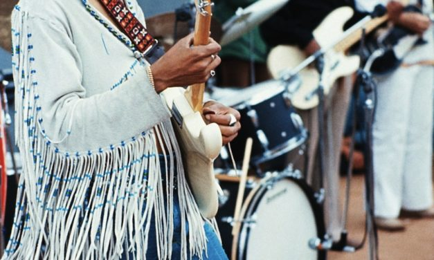 #MusicMoments | Jimi Hendrix Plays 'Star Spangled-Banner' at Woodstock, 1969