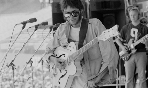 #MusicMoments | Neil Young Playing the Guitar, San Francisco, July 15th, 1974