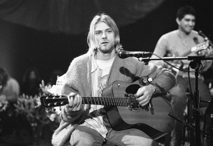 #MusicMoments | Kurt Cobain Taping MTV Unplugged in New York November 18, 1993