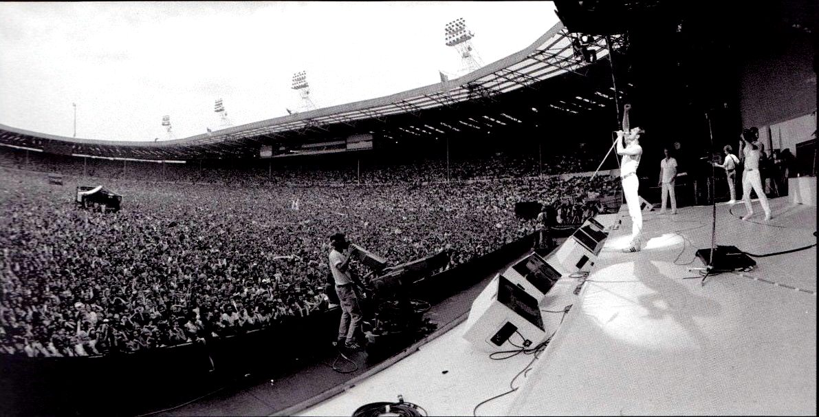 #MusicMoments: Queen at Live Aid, 1985. #TheMusicSite