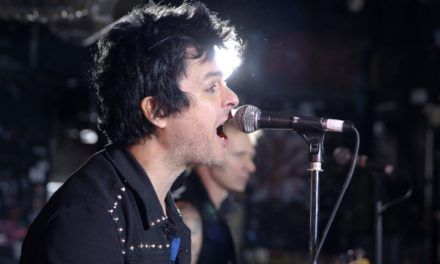 Green Day – Revolution Radio (Official Music Video) @GreenDay #Revolution Radio