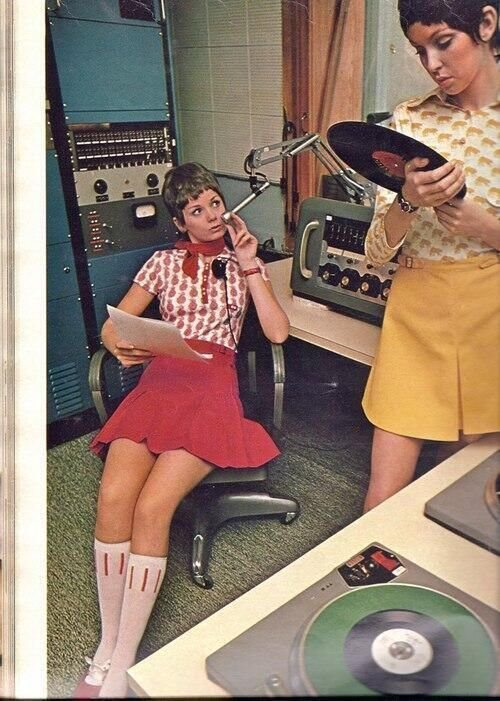 #MusicMoments: Female 60's Radio DJ's. #TheMusicSite