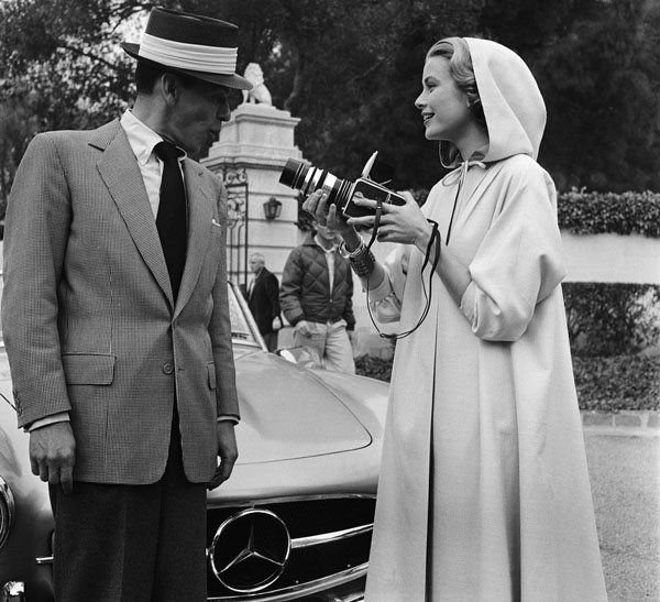 #MusicMoments: Frank Sinatra and Grace Kelly on the set of High Society, 1955. #TheMusicSite