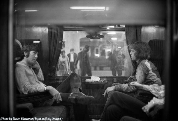 #MusicMoments: Paul McCartney and Mick Jagger on a train, 1967. #TheMusicSite