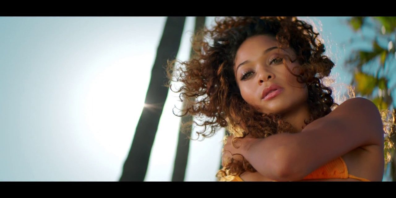 JCY – Thong Song (feat. Sisqo) – Official Music Video