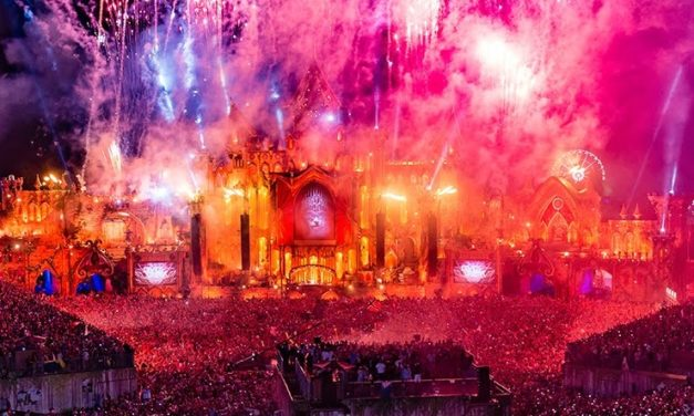Fans Evacuated from Tomorrowland Festival in Barcelona due to Fire