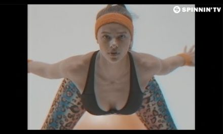 Bassjackers – Wobble & Jiggle (Official Music Video)