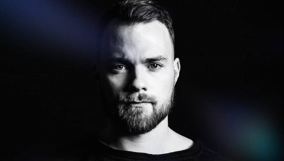 Ásgeir to Drop 'Album in A Bottle' Over Icelandic Ocean Ahead of Headline Set at Iceland Airwaves