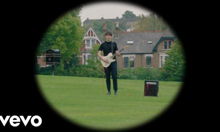 Husky Loops – Girl Who Wants to Travel the World (Official Music Video) @HuskyLoops