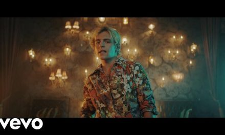 R5 – Hurts Good (Official Music Video)