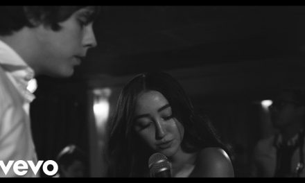 Jake Bugg – Waiting ft. Noah Cyrus (Official Music Video)