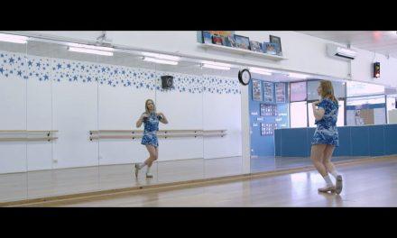 Julia Jacklin – Cold Caller (Official Music Video)