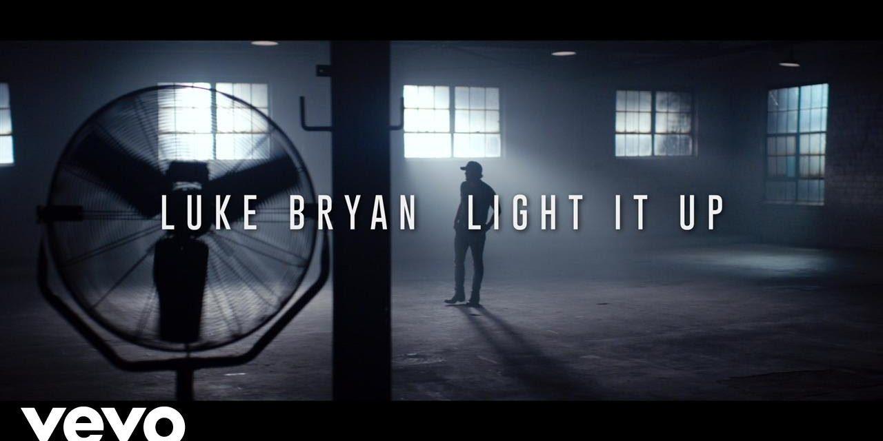 Luke Bryan – Light It Up (Official Music Video)