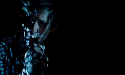 Spoon – I Ain't The One (Official Music Video)