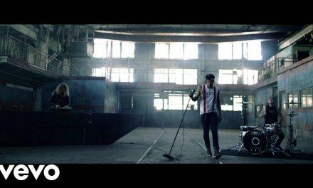 Yelawolf – Punk ft. Travis Barker, Juicy J (Official Music Video)