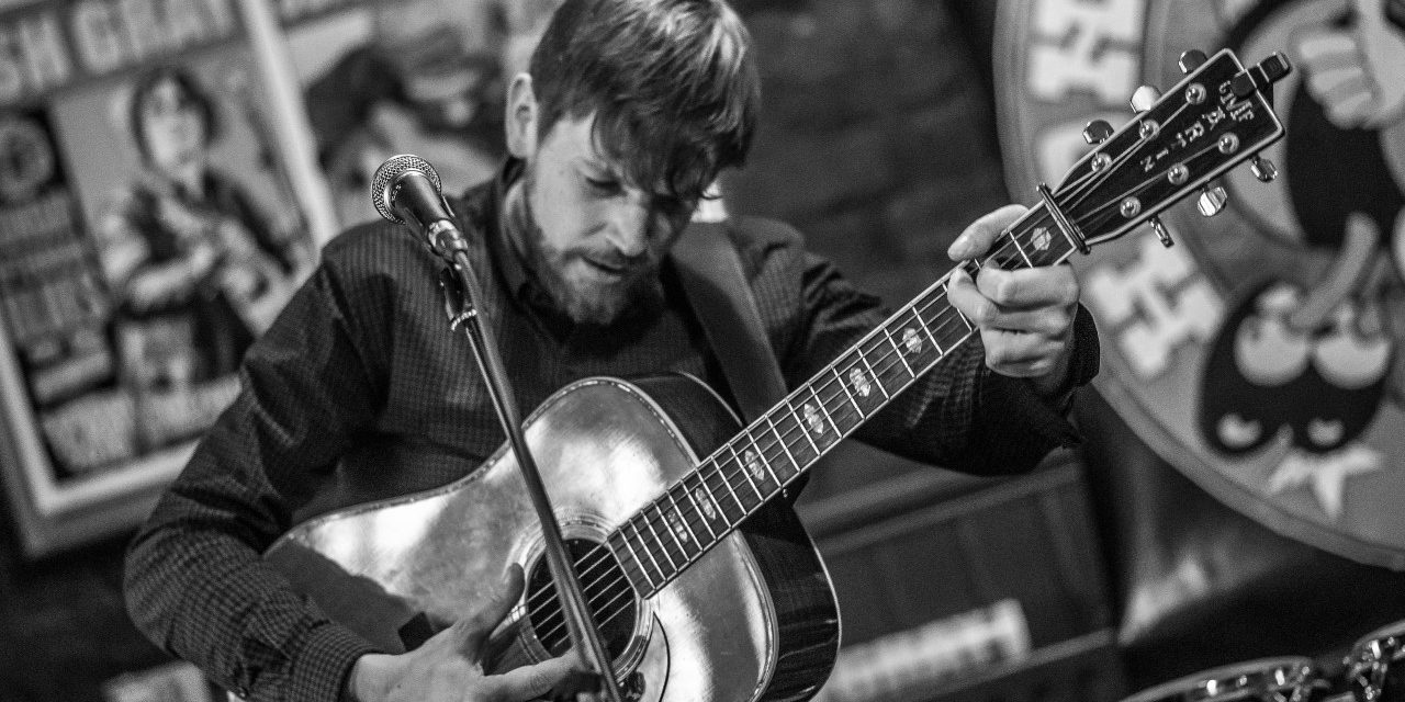 Stunning New Roots Album From Tom Townsend, 'Leave It Up To Me', Out January | #TomTownsend