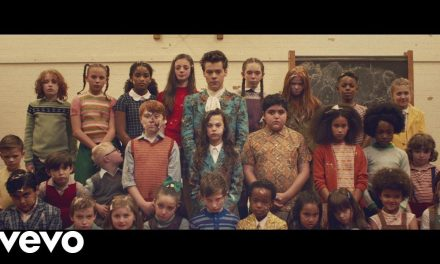 Harry Styles – Kiwi (Official Music Video)