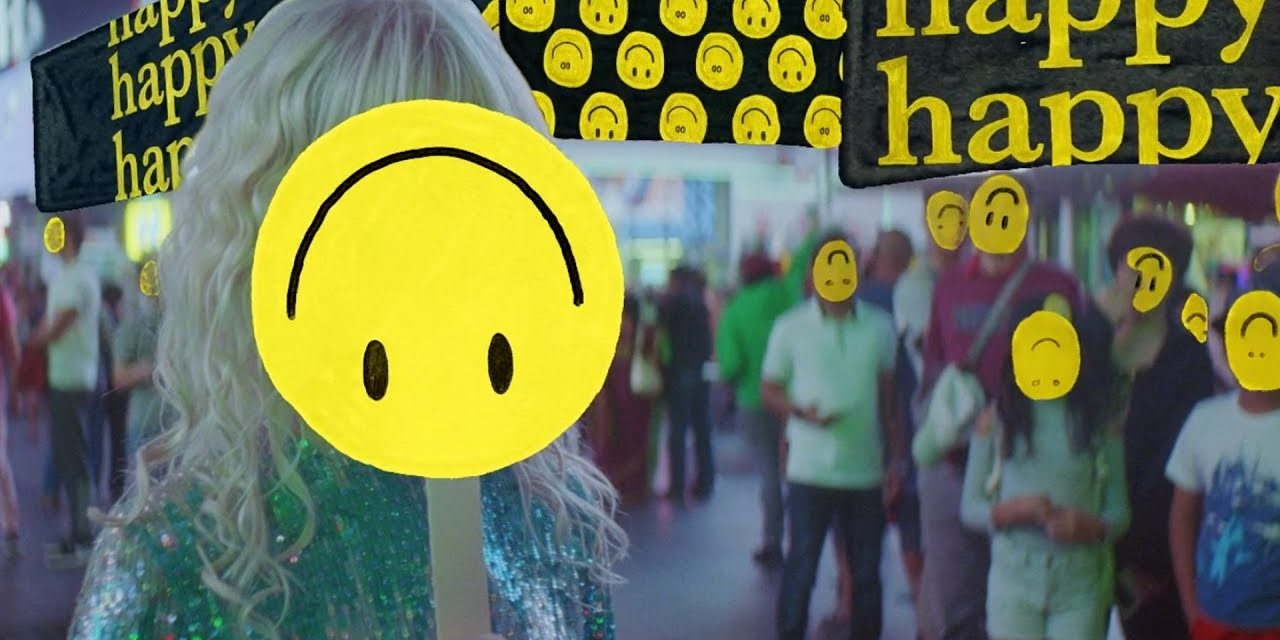 Paramore – Fake Happy (Official Music Video)