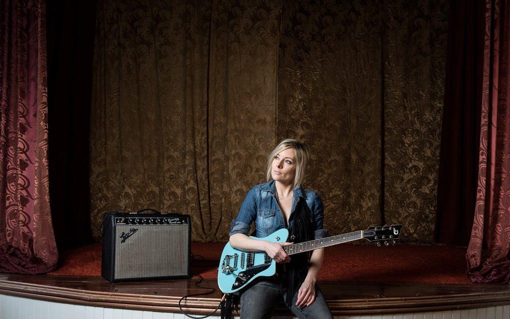 Christina Martin Announces New Album 'Impossible To Hold'