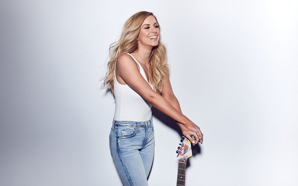 Lindsay Ell's 'The Project' to get UK Physical Release on 9th March, Ahead of C2C & UK Tour