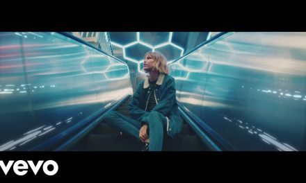 Grace VanderWaal – City Song (Official Music Video)