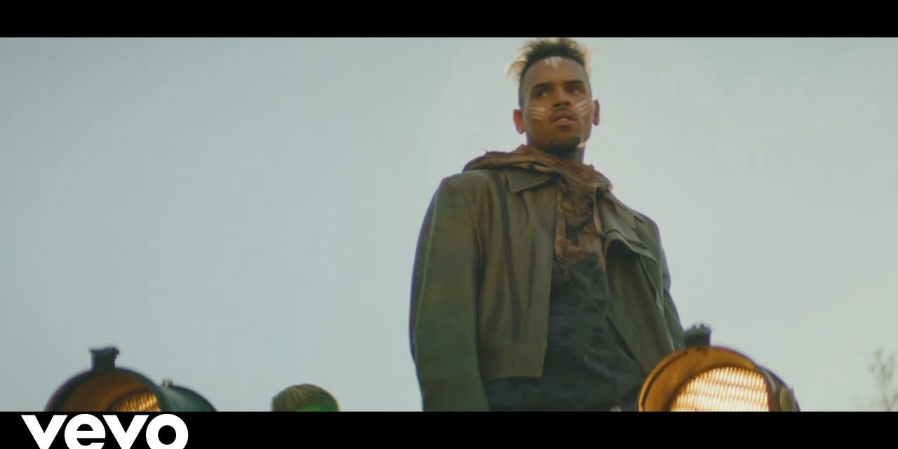 Chris Brown – Tempo (Official Music Video)