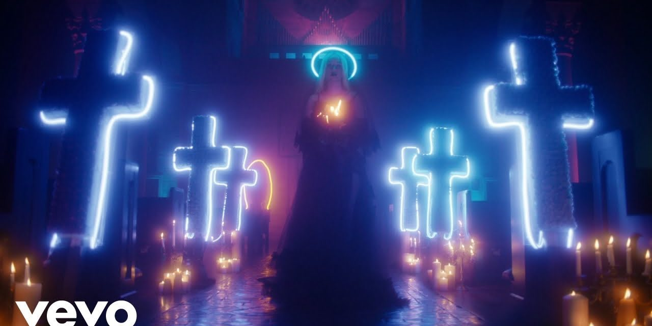 Iggy Azalea – Savior ft. Quavo (Official Music Video)
