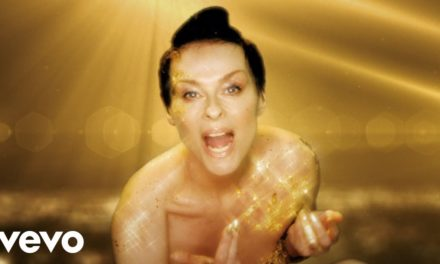 Lisa Stansfield – Billionaire (Official Music Video)