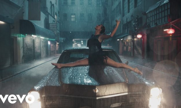 Taylor Swift – Delicate (Official Music Video)
