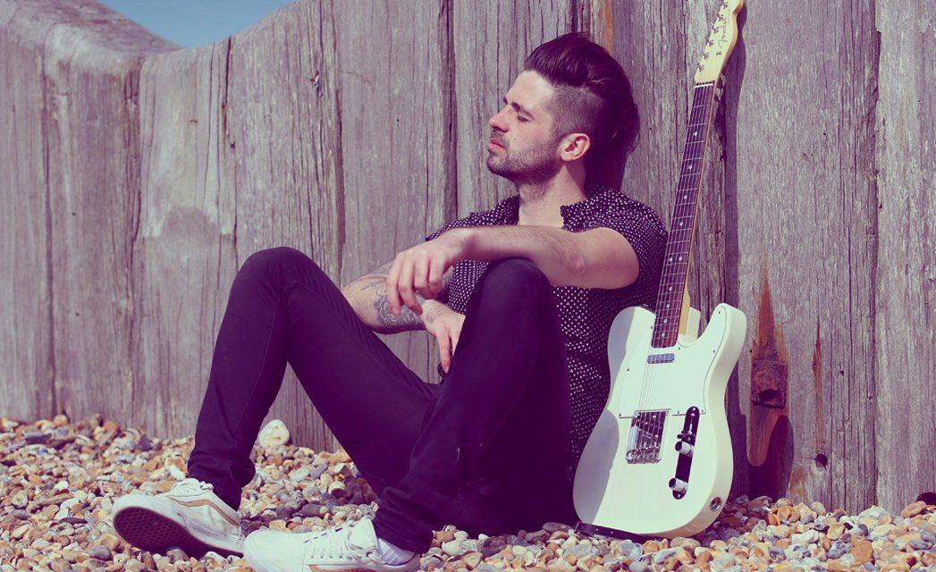 Ben Haenow Releases Pensive New Single 'Falling Down'