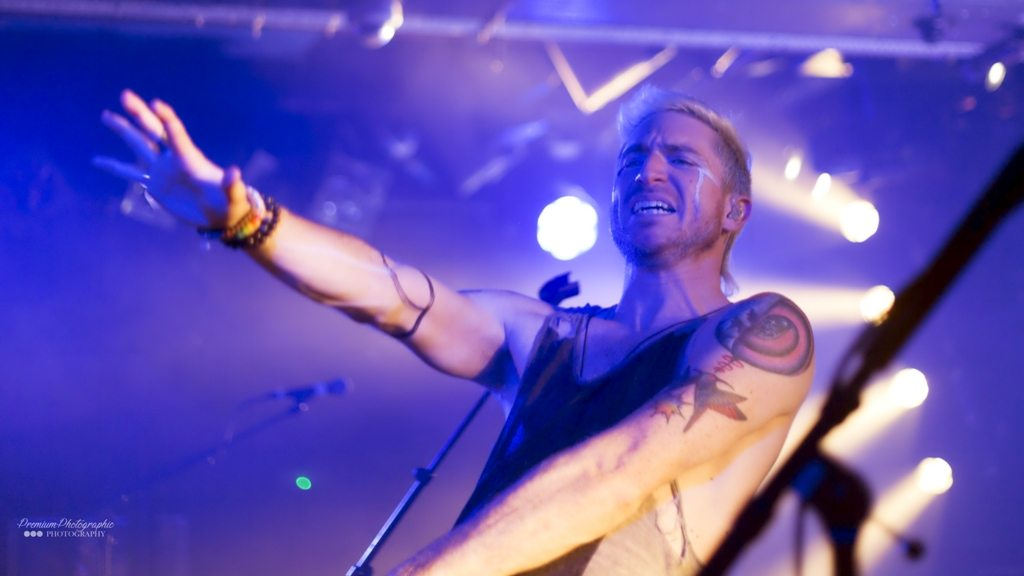 Review: WALK THE MOON at The Waterfront, Norwich | @WALKTHEMOONband