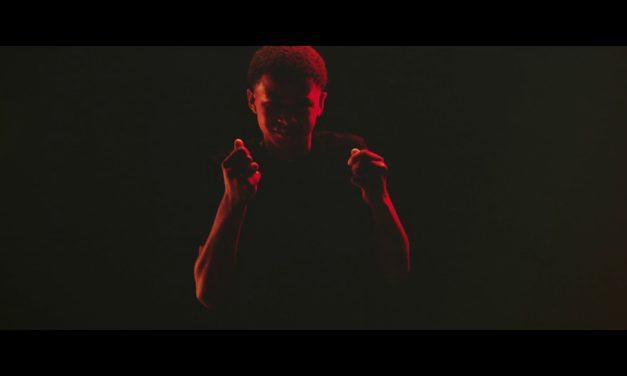 Young Thug – Anybody ft. Nicki Minaj (Official Sign Video)