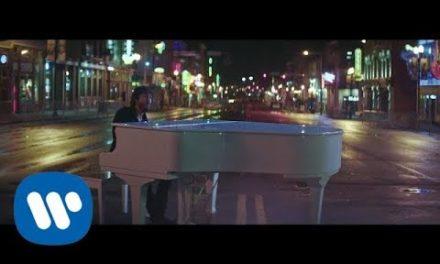 "Chris Janson – ""Drunk Girl"" (Official Music Video)"