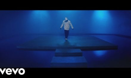 Chris Brown – To My Bed (Official Music Video)
