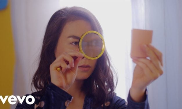 Mitski – Nobody (Official Music Video)