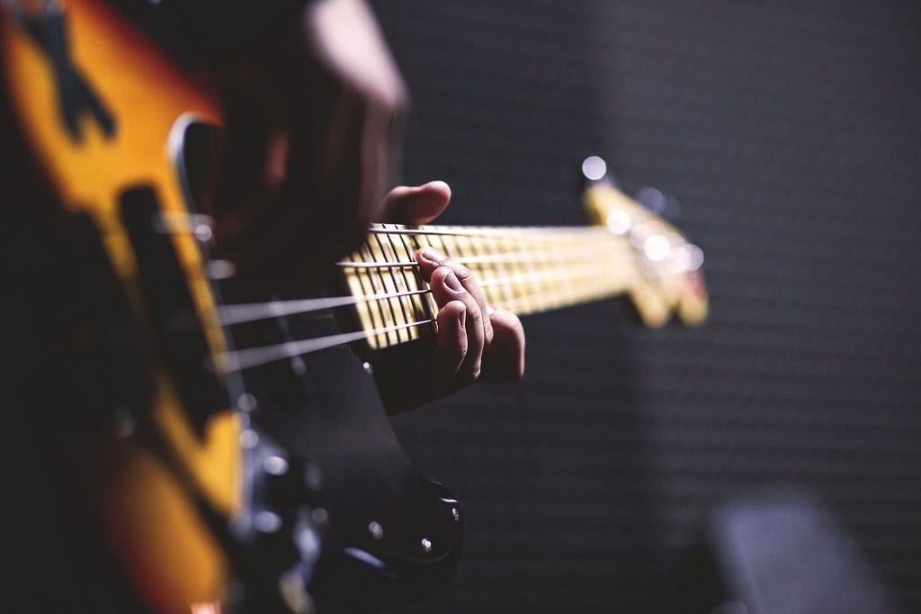 Why are Major Artists now Going Indie? | The Music Site