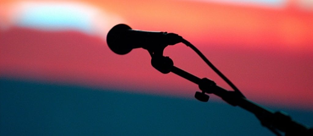 Tips on Transitioning from Open Mics to Longer Gigs